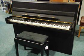 Euterpe piano 103cm zwart zijdeglans
