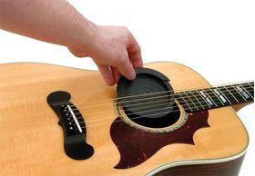 Feedback buster voor klankkast akoestische gitaar